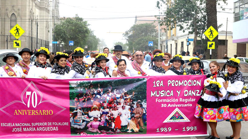 Fiesta arguediana en las calles